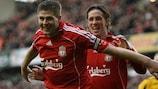 Steven Gerrard e Fernando Torres, do Liverpool
