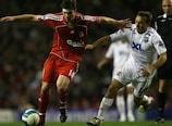 Xabi Alonso vai desfalcar o Liverpool frente ao Inter