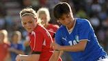 Kathrine Andresen coloca Alice Parisi (à direita) sob pressão