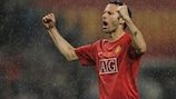 Ryan Giggs celebrates in Moscow
