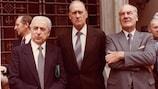 Artemio Franchi (à esquerda) com o Presidente da FIFA, João Havelange