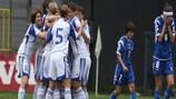 Les jeunes Russes fêtent leur victoire sur la Bosnie-Herzégovine