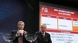 UEFA-Generalsekretär David Taylor (li.) und Mikael Salzer, Leiter Nationalmannschafts-Wettbewerbe, bei der Play-off-Auslosung zur UEFA WOMEN'S EURO 2009™