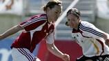 Momento do jogo ente a Alemanha e a Dinamarca