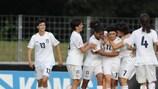 Италия празднует мяч Памелы Гуэли (№11) на прошлогоднем чемпионате Европы