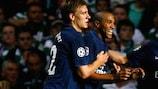 Abou Diaby (Arsenal FC) celebra el gol en Glasgow