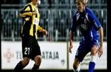 Jessi Hietanen (FC Honka Espoo) y Bianca Schmidt (1. FFC Turbine Potsdam)