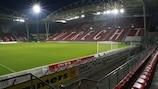 O Stadion Galgenwaard, em Utrecht, vai ser o palco do jogo de abertura