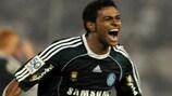 Cleiton Xavier celebrates a goal for Palmeiras