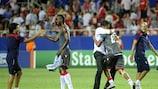 Os jogadores do Braga festejam após baterem o Sevilha rumo à estreia na fase de grupos