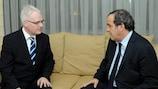 Kroatiens Staatspräsident Ivo Josipović und Michel Platini
