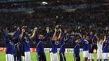 O Schalke festeja o apuramento inédito para as meias-finais