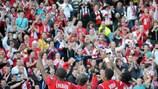 Los jugadores del LOSC Lille Métropole celebran su victoria