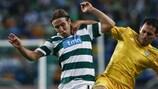 Sporting's Diego Capel takes on Vaslui's Zhivko Milanov