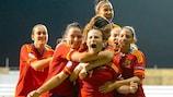 Les Espagnoles félicitent Raquel Pinel pour son but