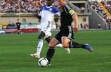 Il capitano del Rosenborg Mikael Dorsin in azione contro l'Ordabasy