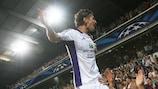 Olexandr Yakovenko celebra su gol para el Anderlecht