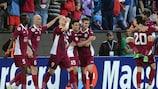 El Cluj celebra el gol de Kapetanos
