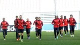 LOSC limber up for their meeting with Bayern
