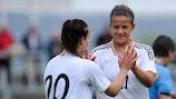 Lena Lotzen und Lina Magull könnten mit Deutschland schwierige Gegner bekommen