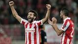 El Olympiacos celebra su triunfo en El Pireo