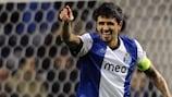 Lucho González celebra su gol con el Oporto