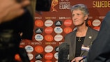 Sundhage home to roost in Sweden