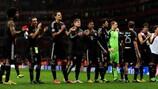 Los jugadores del Bayern celebran su triunfo a domicilio ante el Arsenal en octavos