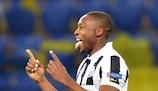 Spot-on Ameobi takes Newcastle past Metalist