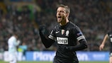 Claudio Marchisio festeja o segundo golo da Juventus em Celtic Park