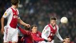 Toby Alderweireld heads Ajax in front