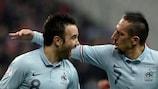 Mathieu Valbuena celebrates his goal with Franck Ribéry