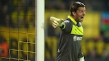 Roman Weidenfeller has extended his stay at Dortmund until 2016