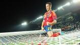 Álvaro Vázquez celebra un triunfo de España en el Europeo sub-21