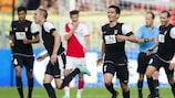 Yannick Bastos festeja após marcar o terceiro golo do Differdange em Utrecht
