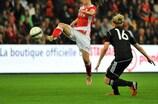 Standard e Glasgow alcançaram um dos três empates do dia
