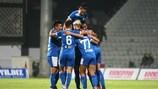 Konak feiert eines seiner zwei Tore gegen Unia