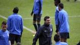 Porto coach Paulo Fonseca oversees training