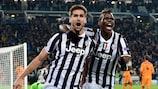 Fernando Llorente (links) feiert den Ausgleichstreffer für Juventus