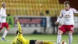 Elfsborg's Henning Hauger tries to dispossess Salzburg goalscorer Marco Meilinger