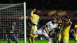 Swanseas Chico sorgt für Gefahr vor dem Tor von Napoli