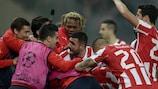 L'Olympiacos esulta dopo il 2-0