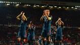 Los jugadores del Bayern tras su empate en Old Trafford
