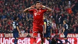 Bayern's swift recovery sees off brave United