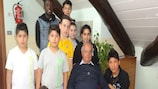 Les enfants avec le président du centre, Vittorio Scotti
