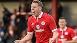 Danny North celebra depois de apontar o terceiro golo do Sligo frente ao Banga