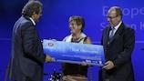 La NSPCC recibe el Premio Mónaco