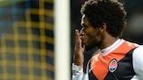 Luiz Adriano celebra su quinto y último gol ante el BATE