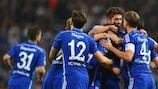 Los jugadores del Schalke celebra el gol de Leroy Sané