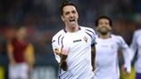 Gonzalo Rodríguez adelantó a la Fiorentina desde el punto de penalti